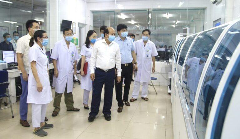 Ban Nội chính Tỉnh ủy Quảng Ninh: Kiểm tra công tác phòng chống dịch Covid-19 tại Bệnh viện Bãi Cháy